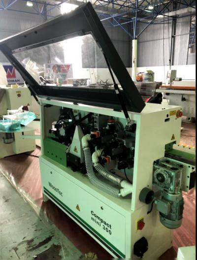 Автоматический кромкооблицовочный станок WoodTec Compact mini 300